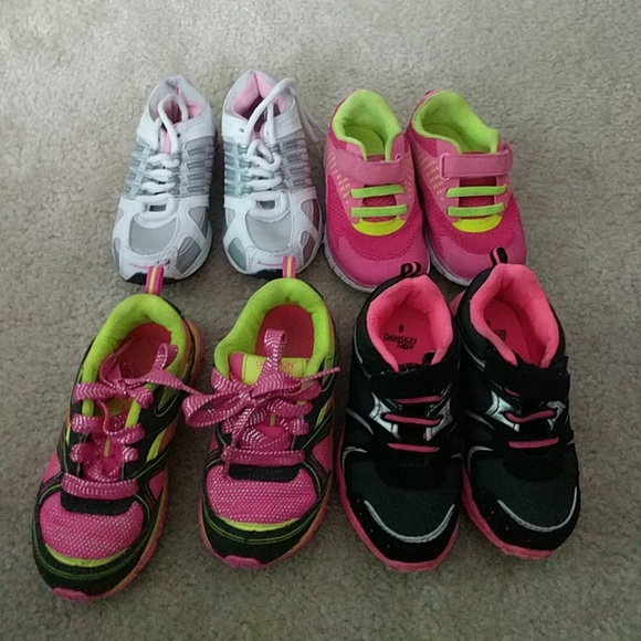Shoes   Lot Of 4 Girls Sneaker Size 8
